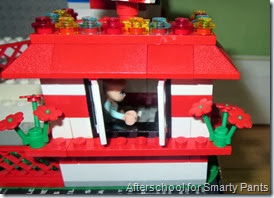 Lego Ticket Booth - Loose Bricks