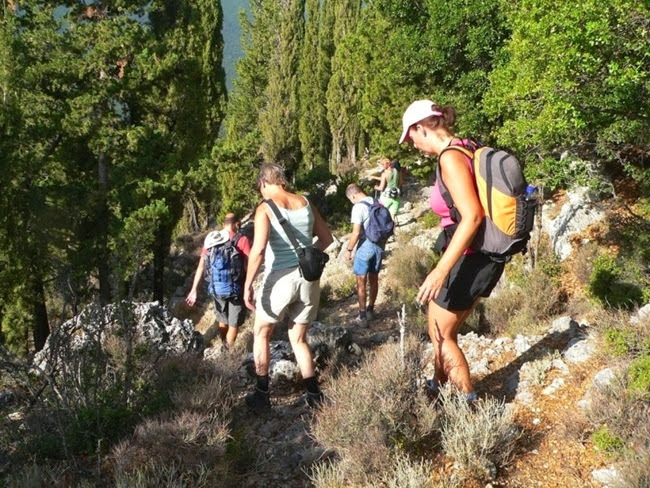 Κουλουράτα – Αντίσαμος από τον Ορειβατικό (10.11.2013)