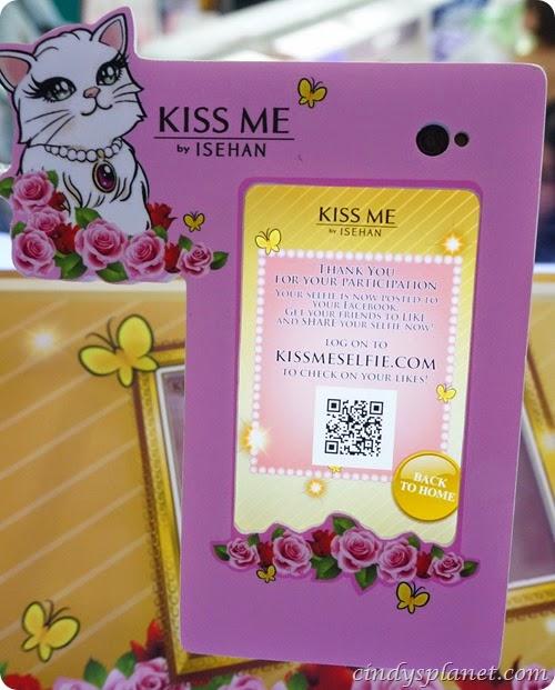 Kiss Me Selfie16