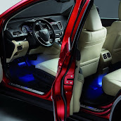 2013-Honda-CR-V-Crossover-Interior-6.jpg