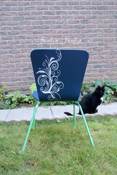 Embellished bentwood chairs at Junkinjunky.Blogspot.com