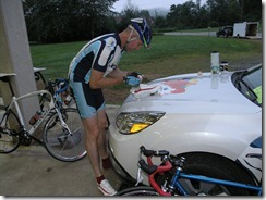 Nantahala Outdoor Center Rider applies timing tag...