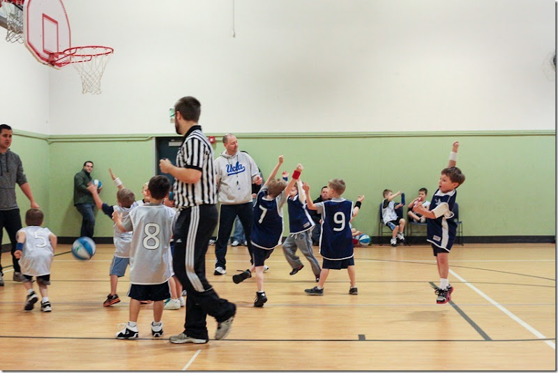 Alex 3rd basketball game (9)-small