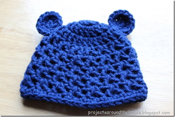Crochet newborn bear v stitch hat free pattern