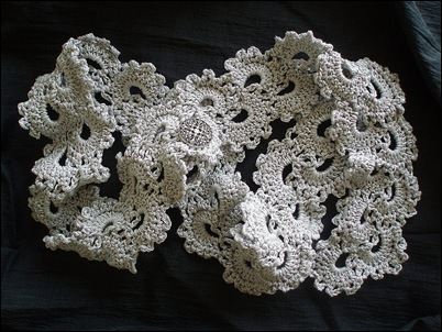 Queen Anne Lace Scarf 2