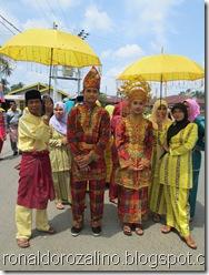 Pawai Budaya Kabupaten Kuantan Singingi di Hadiri Mambang Mit Wagub Riau 4