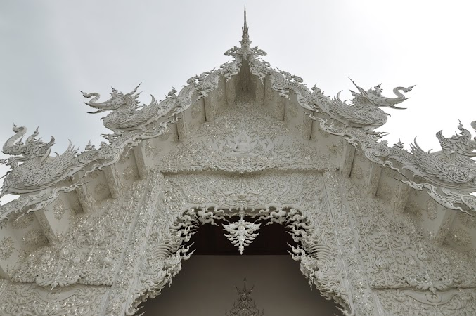 Imagini Thailanda: Detaliu de la White Temple din Chiang Rai, THailanda
