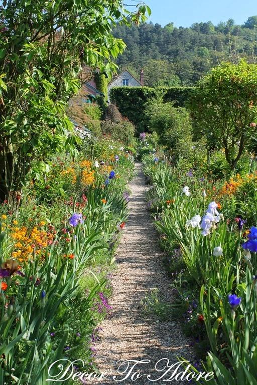 Monet's Garden 006