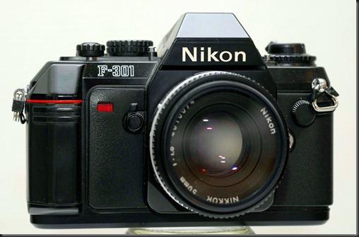 Nikon F 301 010