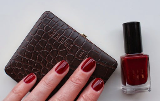 Bobbi-Brown-Bordeaux-Nail-Polish-swatch