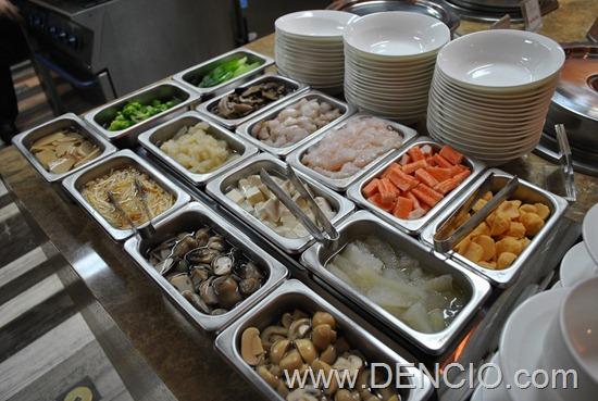 Cafe Ilang Ilang Buffet Manila Hotel 071