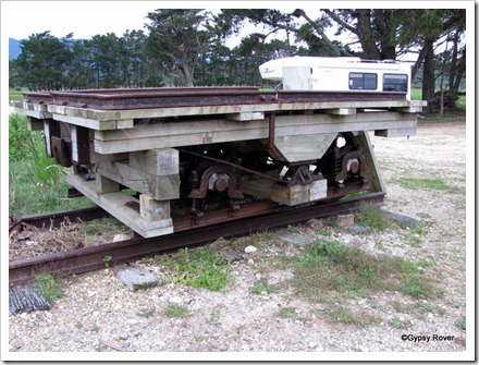 A special side or end tipping wagon used to create stop banks along the river.
