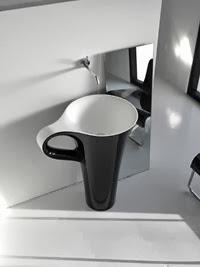 novedoso-lavabo Copa de ArtCeram meneghello-paolelli-associati
