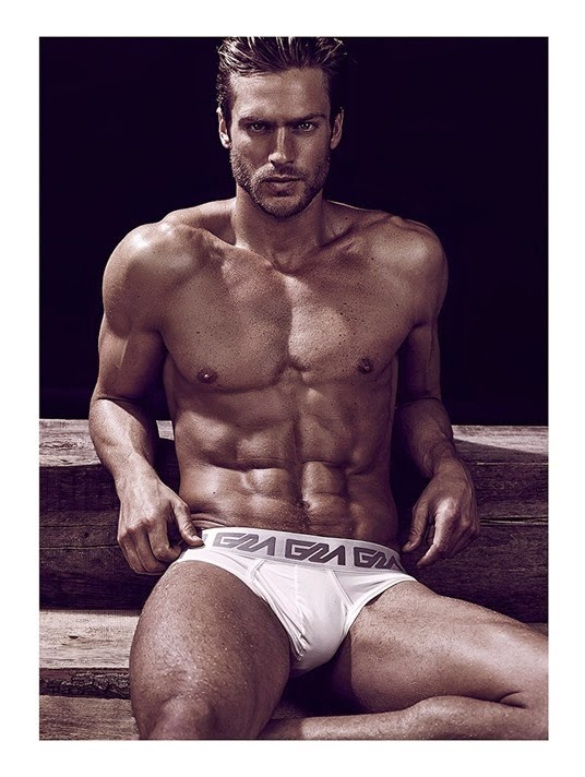 Jason-Morgan-by-Photographer-Daniel-Jaems-05