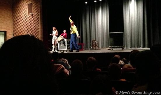 2012-11-17 Magic Show