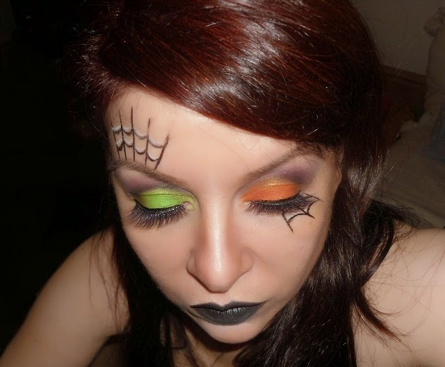 03-halloween-web-witch-makeup-look