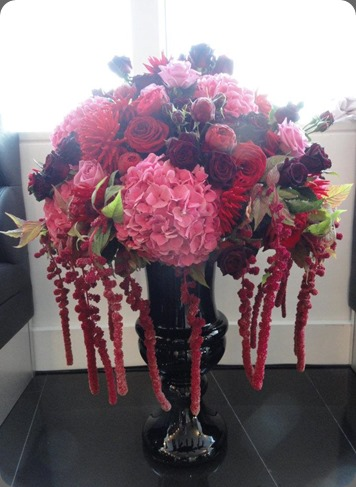 302529_213369098725688_606447356_n laura kuy flowers