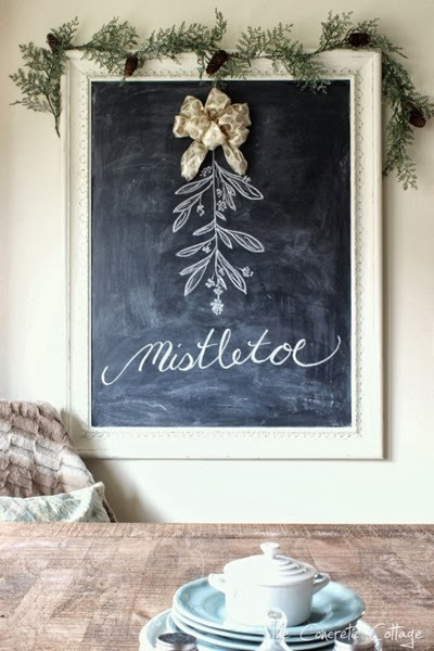 Christmas Mistletoe Chalkboard Art