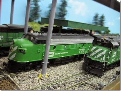 IMG_5479 Burlington Northern F7A #722 & U30C #5341 on the LK&R HO-Scale Layout at the WGH Show in Portland, OR on February 17, 2007