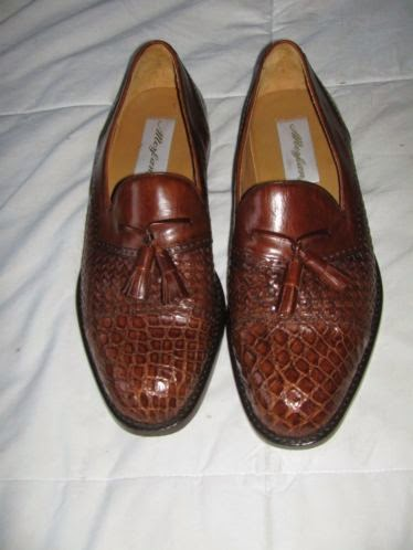 Mens Mezlan barely worn Crocodile shoes.....size 9M.jpg