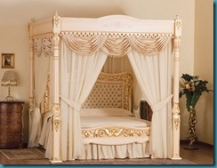expensive-bed-baldacchino