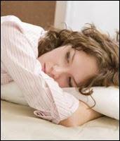 dormir, mulher deitada 450x338 ok