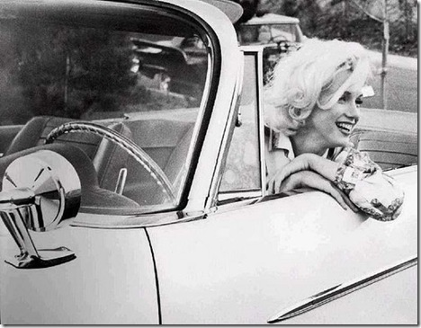 car-diva-girl-photo-smile-woman-Favim.com-93826_large