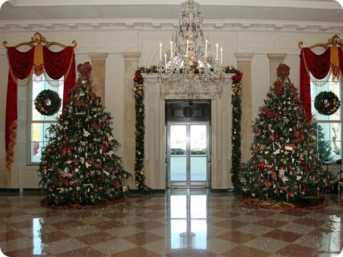 2012 White House Christmas East Room