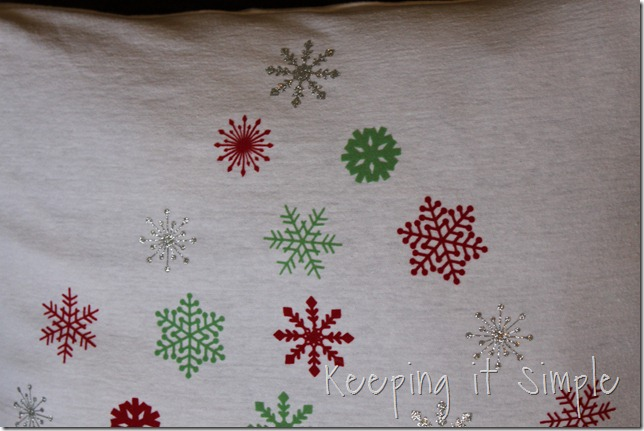 Christmas snowflake pillow (3)