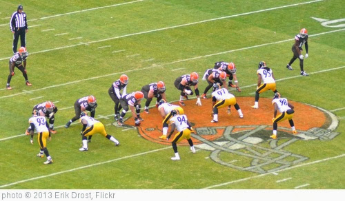 'Cleveland Browns vs. Pittsburgh Steelers' photo (c) 2013, Erik Drost - license: http://creativecommons.org/licenses/by/2.0/
