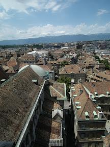 313 - Vistas desde la catedral de St. Pierre.JPG