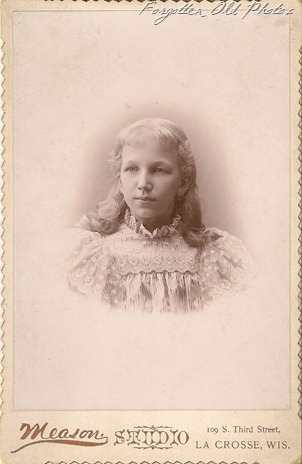 Cabinet Card Gail Moore two Brainerd Antiques
