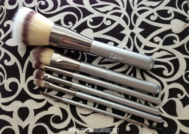 IT Cosmetics Limited Edition Heavenly Luxe Vanity Brush Set