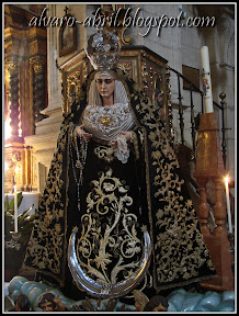dolores-alcala-besamanos-2011-alvaro-abril-(9).jpg