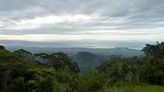 Blick von Mt. Batilamu Hut; Wanderung im Koroyanitu National Heritage Park.