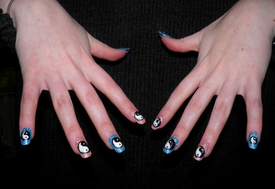 YIN YAN NAILS 2