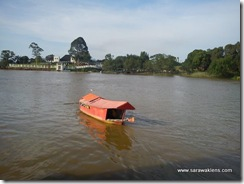 kuching_waterfront_sampan_ride_2