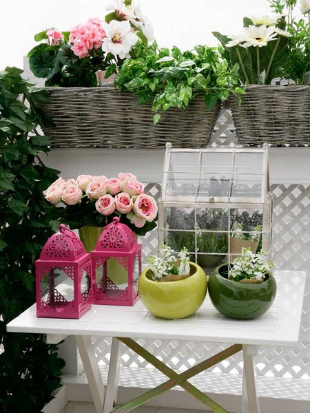 small-terrace-and-large-balcony-decor-ideas1-3