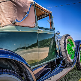 On the Road by Ron Meyers - Transportation Automobiles