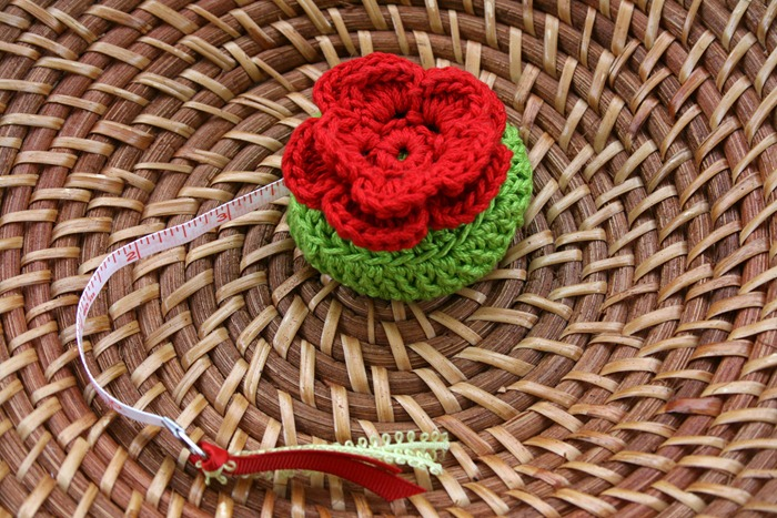 red_poppy_measuring_tape_1