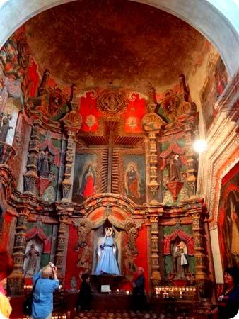 13-side-altar