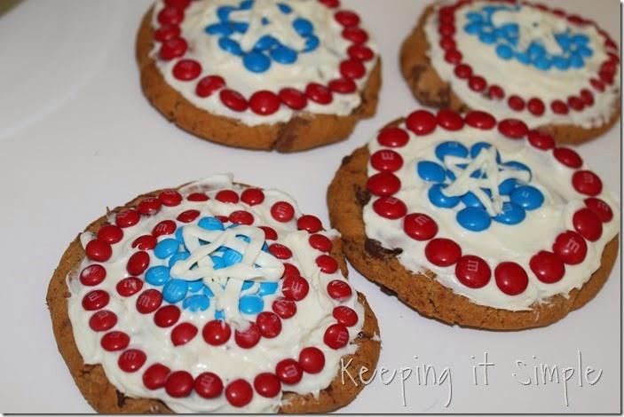 #shop Captain-America-M&M's-Shield-Cookies (9)