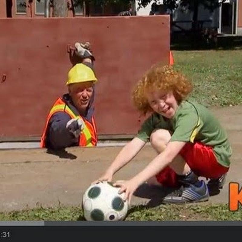 Ποδόσφαιρο με τους περαστικούς