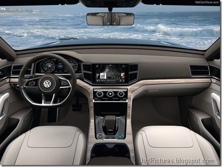 Volkswagen-CrossBlue_Concept_2013_800x600_wallpaper_0a