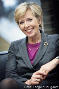 Bilde av helse- og omsorgsminister Anne-Grete Strøm-Erichsen