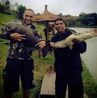 Thiago e Alex e um belo dublê de Tamba e Pintado no Pesqueiro Taquari SP