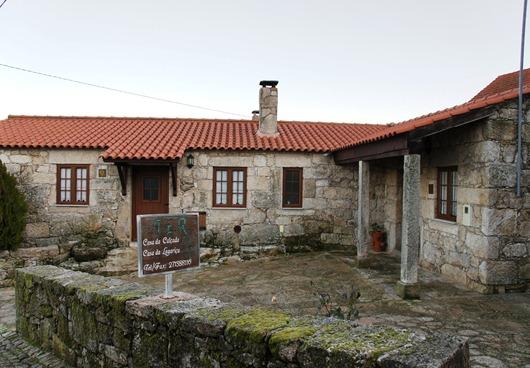 Portugal - sortelha - casa da lagariça - casa da calçada - Glória Ishizaka