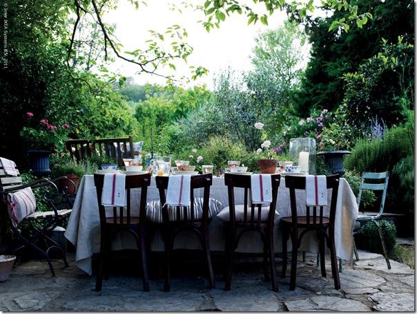 ikea_dinnertable_syalskatextil_inspiration