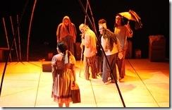 Palco Giratório 2011: foto de encenação da peça Retábulo