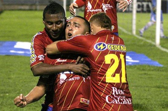 Camilo Perez pone lider al Superdepor